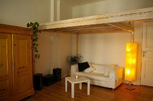wg berlin friedrichshain weserstra e studenten. Black Bedroom Furniture Sets. Home Design Ideas